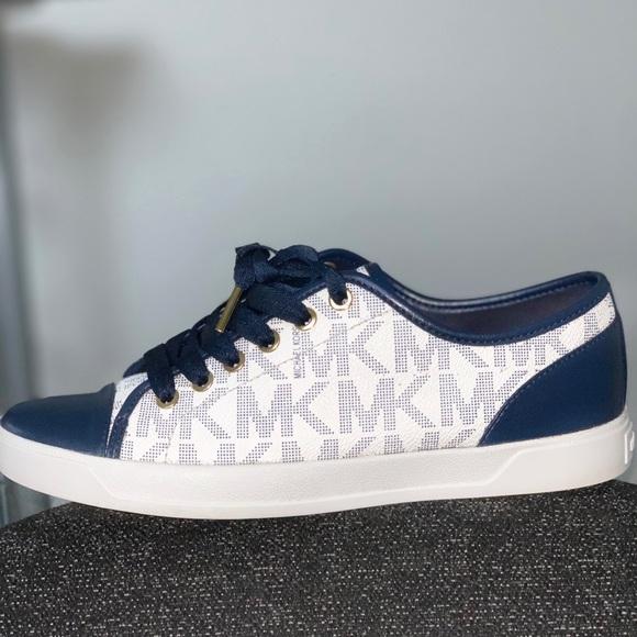 Michael Kors Shoes | Original Navy